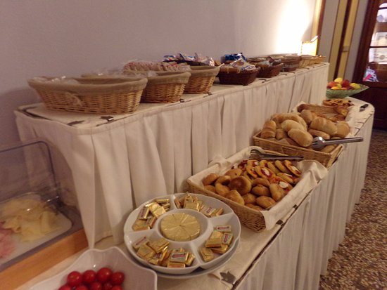 Royal Victoria Hotel: Breakfast selection