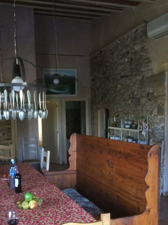 Vilanant, Hiszpania: Our kitchen area.