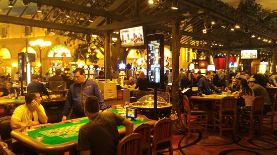 Paris Las Vegas: Cassino interno