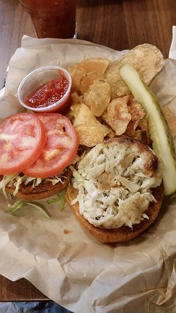Glen Burnie, MD : Crab Cake Sandwich