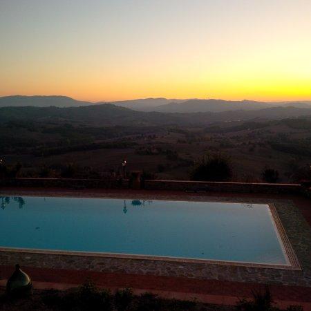 Il Colombaio di Mariva Benucci: vista piscina