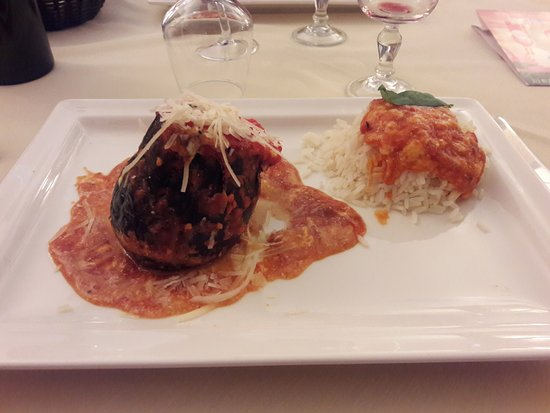 Pizzeria Valentino: aubergine farcie