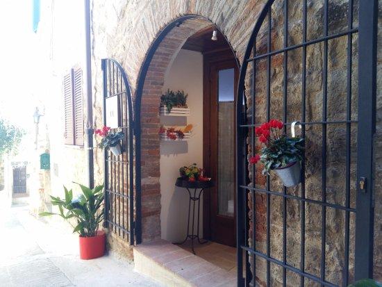 Acquasparta, Italië: Ingresso Borgo 900