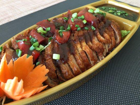 Etoy, Suiza: Sabai Thai - Canard croustillant sauce tamarin