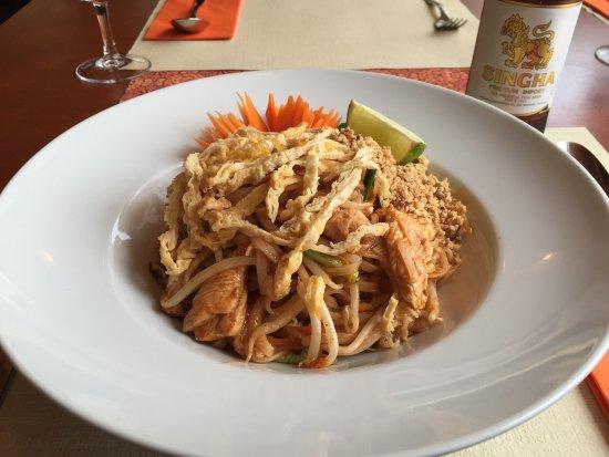 Etoy, Suiza: Sabai Thai - Pad Thai poulet