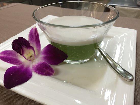 Etoy, Suiza: Sabai Thai - Tako, dessert maison