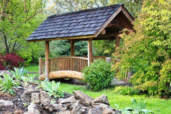 Cottage Grove Photo