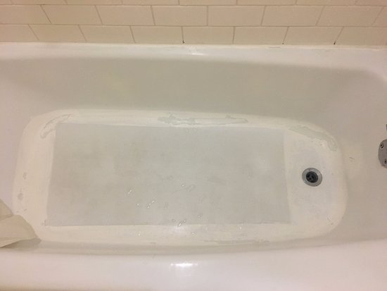 New Carrollton, MD: Bathtub