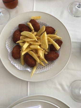El mero los mellizos benalmadena restaurantanmeldelser - Los mellizos puerto marina ...