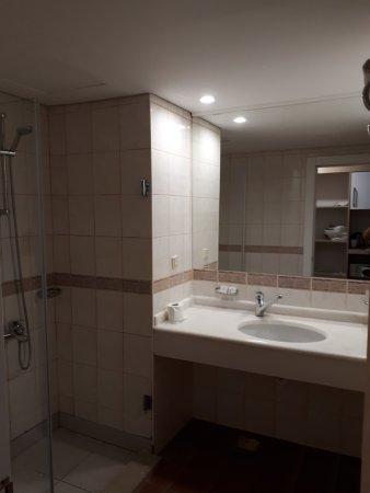 Aqua Plaza: Просторная ванная
