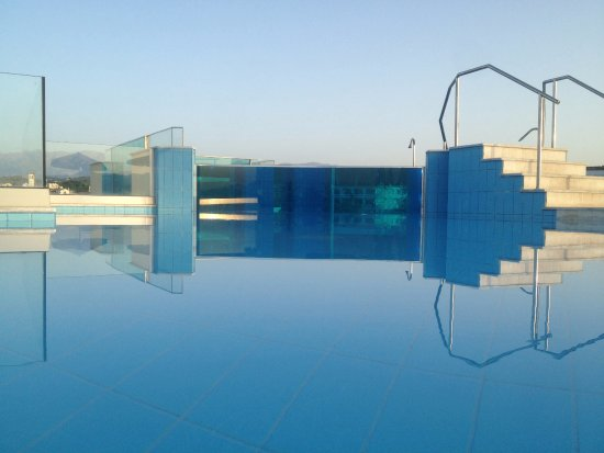 Imperial Hotel: Superior Glass Pool Terrace