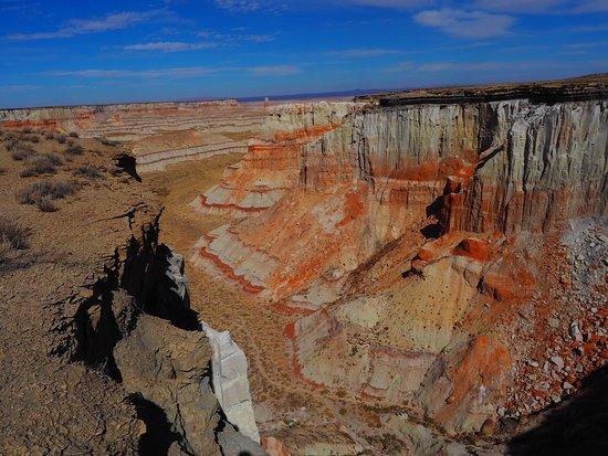 Coal Mine Canyon: photo0.jpg