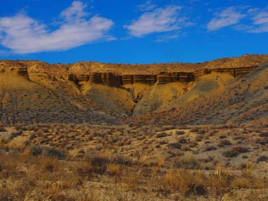 Coal Mine Canyon: photo2.jpg