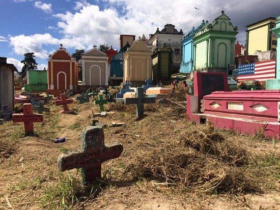 Chichicastenango, Guatemala: Chichi Cemetery