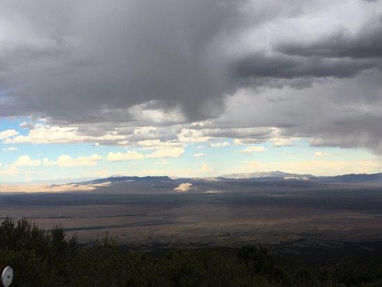 Baker, NV: Thunderstorm appoaches