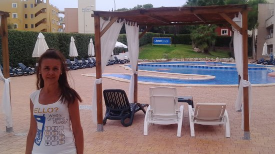 Hotel Ibersol Son Caliu Mar: Piscina lateral con Chill Out.