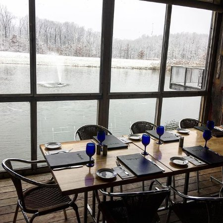 Effingham, IL: Winter at Firefly