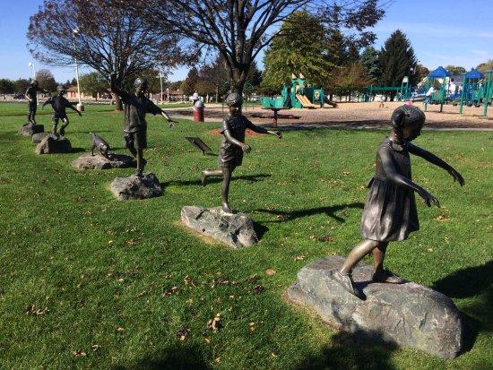Ludington Waterfront Park: Sculpture