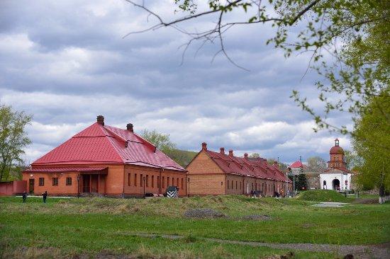 Kuznetsk Fortress Historical Architechtural Museum : Кузнецкая крепость: казармы