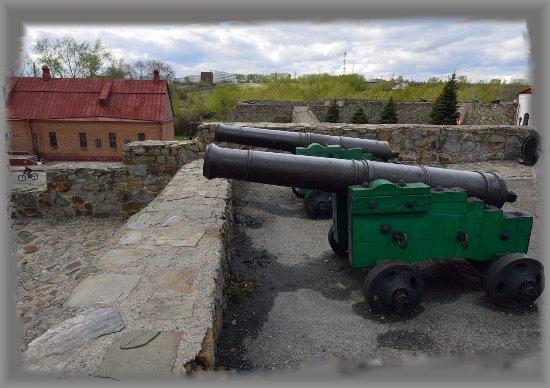 Kuznetsk Fortress Historical Architechtural Museum : Кузнецкая крепость: крепостные орудия.