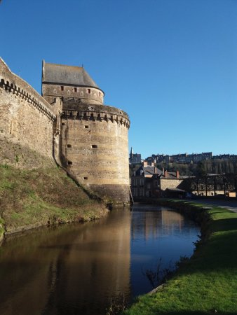Fougeres, France: Take a walk around the outside.