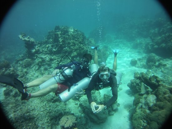 Bay Islands College of Diving: Sidemount course