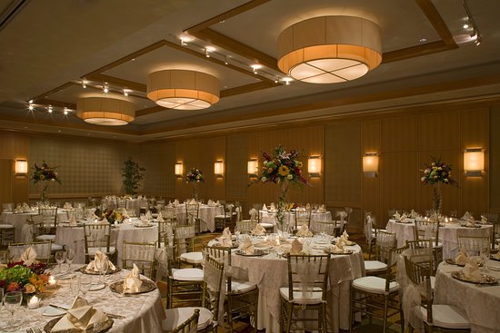 Morristown, NJ: Elevate your Banquet event at our classy Plaza Ballroom