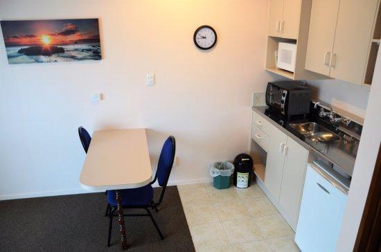 Gore, Nova Zelândia: Studio unit kitchen