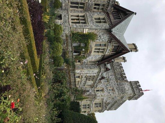 Colwood, Canada : Exterior of Hatley Castle