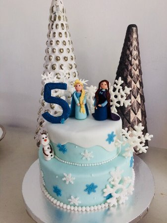 Stupendous Frozen Cake For A Little Girls 5 Th Birthday In Phuket Picture Funny Birthday Cards Online Fluifree Goldxyz