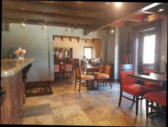 Dobson, นอร์ทแคโรไลนา: Dining Room