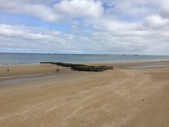 Arromanches-les-Bains, France: Sea View