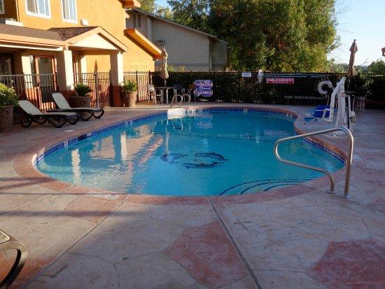 Best Western Antelope Inn & Suites: Pool
