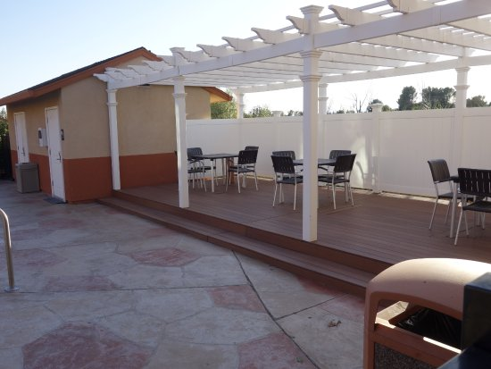 Red Bluff, CA: Pool Area