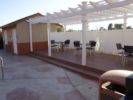 Best Western Antelope Inn & Suites: Pool Area