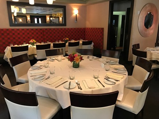 Basking Ridge, نيو جيرسي: main room dining...