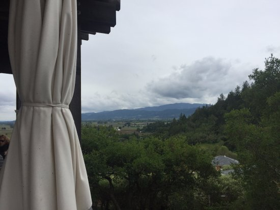 Auberge du Soleil Restaurant: Terrace view