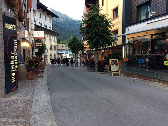 St. Anton: Dorfstraße