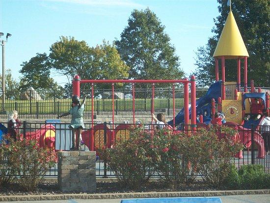 Cape Girardeau, MO: Melaina's Magical Playland.