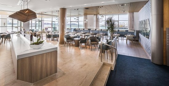 Hilton Auckland: FISH Restaurant Full