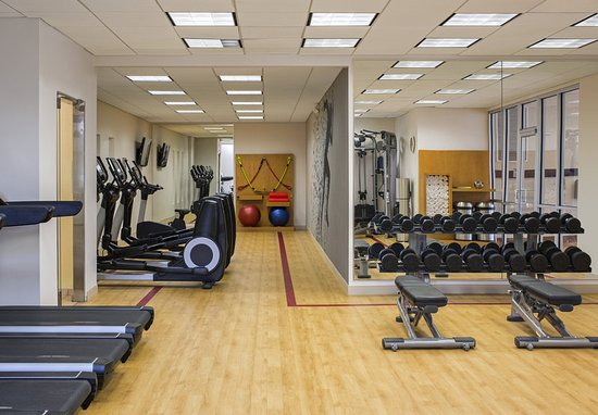 West Des Moines, IA: Fitness Center Cardio