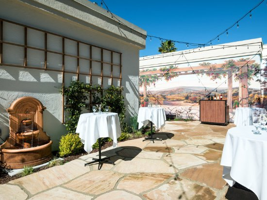 Four Points by Sheraton San Rafael: Patio Event Space