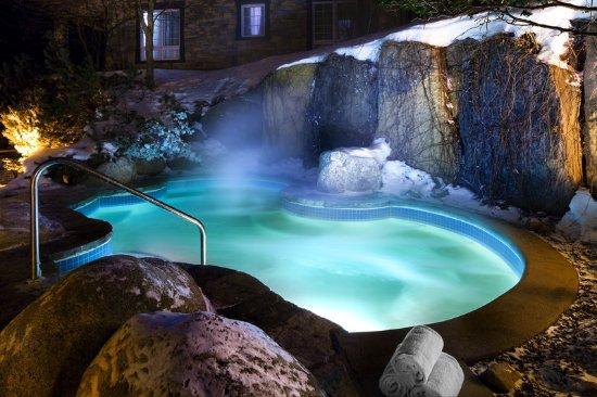 Le Westin Resort & Spa: Outdoor Saltwater Spa