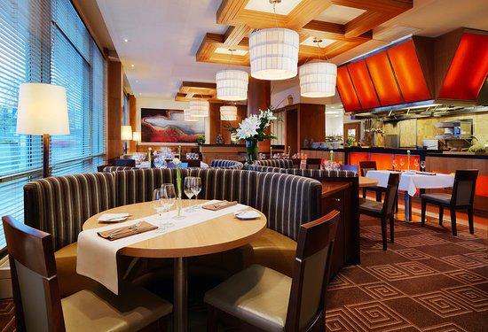 Sheraton Poznan Hotel: Fusion Restaurant