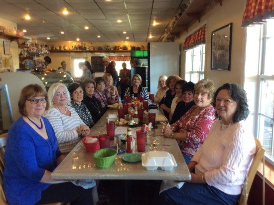 Dunlap, TN: The Dining Divas