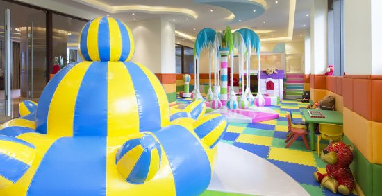 Chun'an County, China: Kids Club