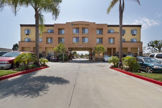 Exterior Picture Of Quality Inn Amp Suites Huntington