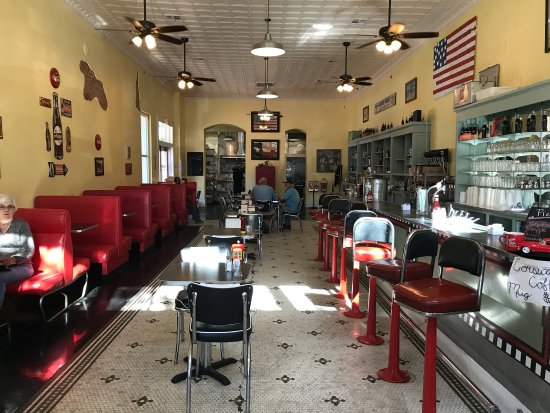 Corsicana, TX: Late lunch with Mom