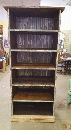 Waldron, AR : hand crafted book shelf