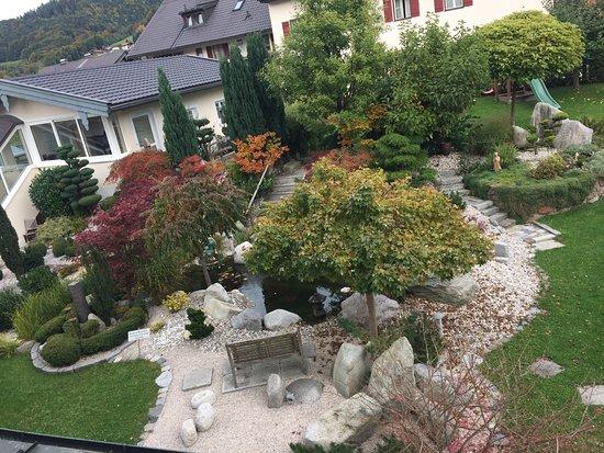 Hotel zur Post: Back courtyard